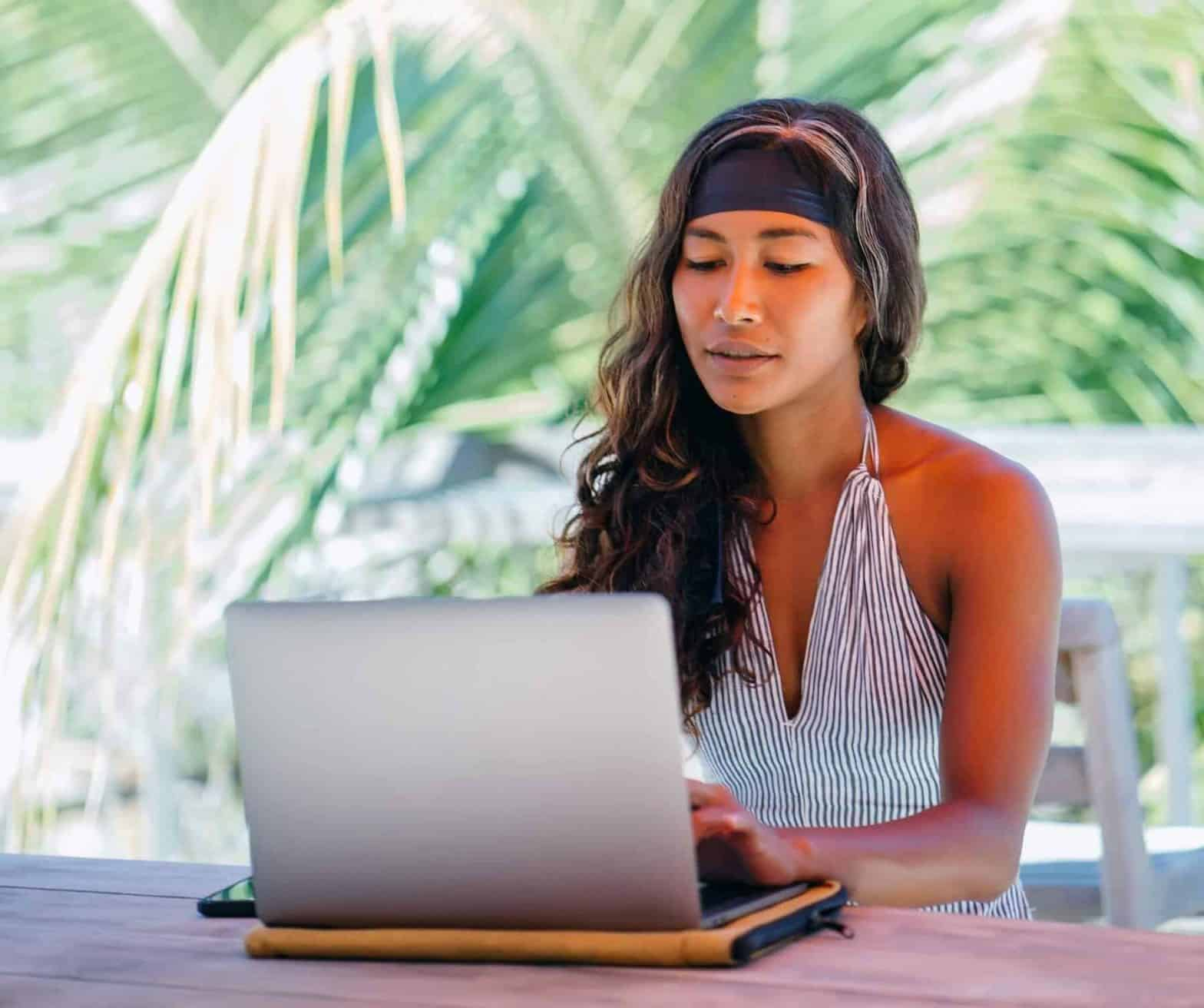 Become A Digital Nomad: Prepare Your Business For Remote Working ?‍?